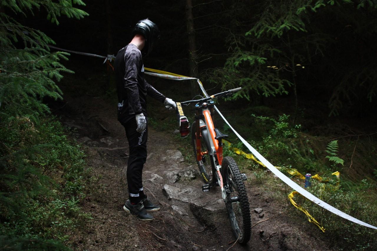 MTB clothing, mountain biking, textiles, design, screen print